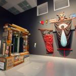 Blick in die virtuelle Ausstellung Empoert Euch Kunst in Zeiten des Zorns Museum Kunstpalast 150x150 - Kunst in 300 Worten: Das Unbegreifliche – James Lee Byars